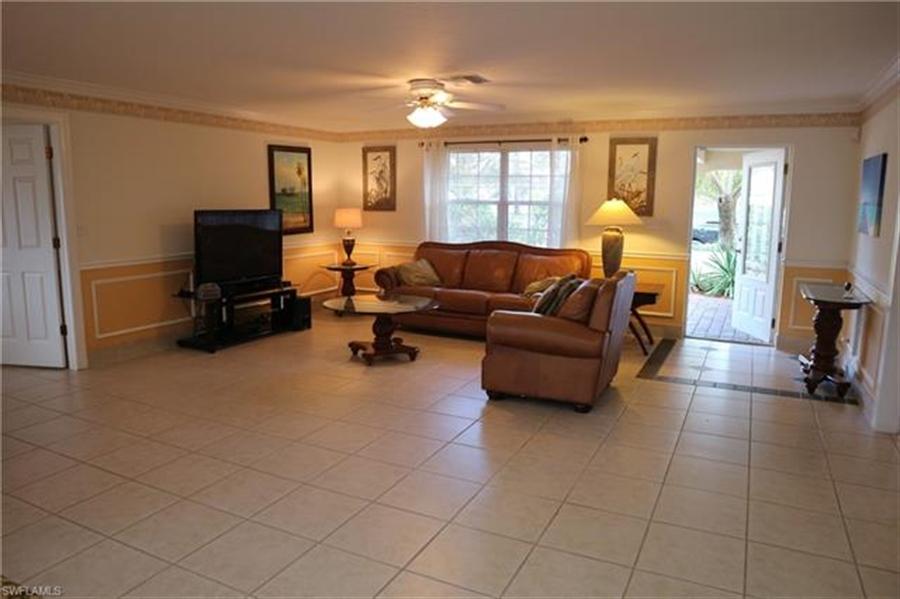 Real Estate Photography - 27171 Holly Ln, # 27171, Bonita Springs, FL, 34135 - Location 11