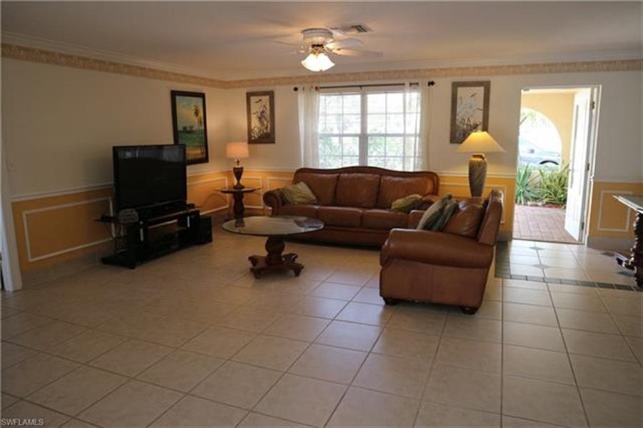 Real Estate Photography - 27171 Holly Ln, # 27171, Bonita Springs, FL, 34135 - Location 15