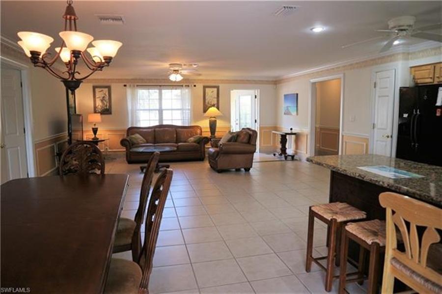 Real Estate Photography - 27171 Holly Ln, # 27171, Bonita Springs, FL, 34135 - Location 24