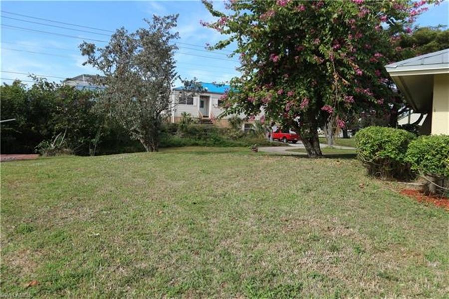 Real Estate Photography - 27171 Holly Ln, # 27171, Bonita Springs, FL, 34135 - Location 26
