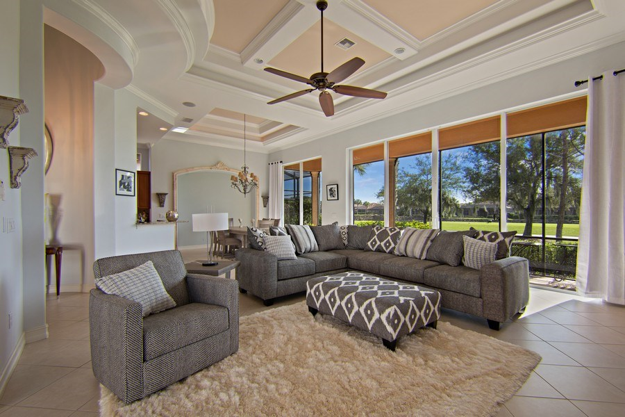 Real Estate Photography - 8894 Shenendoah Cir, Naples, FL, 34113 - Great room
