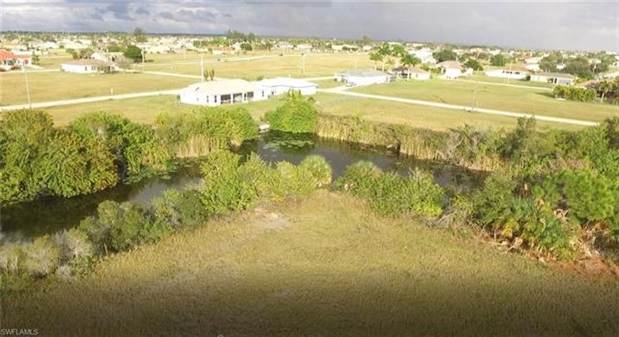 Real Estate Photography - 1505 NE 5th Pl, # 1505, Cape Coral, FL, 33909 - Location 1