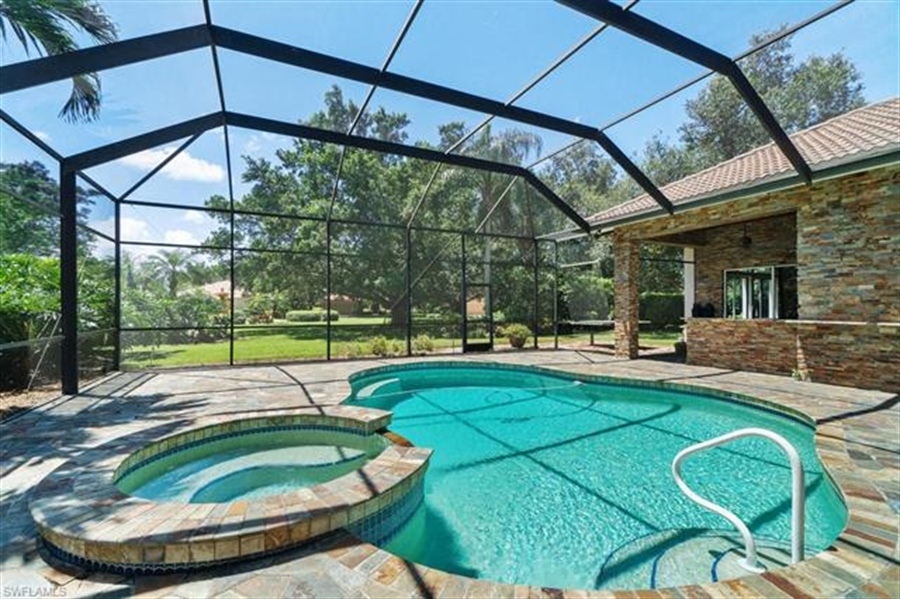 Real Estate Photography - 1168 Camelot Cir, # 1168, Naples, FL, 34119 - Location 8