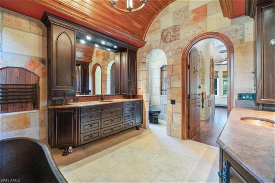 Real Estate Photography - 1168 Camelot Cir, # 1168, Naples, FL, 34119 - Location 14