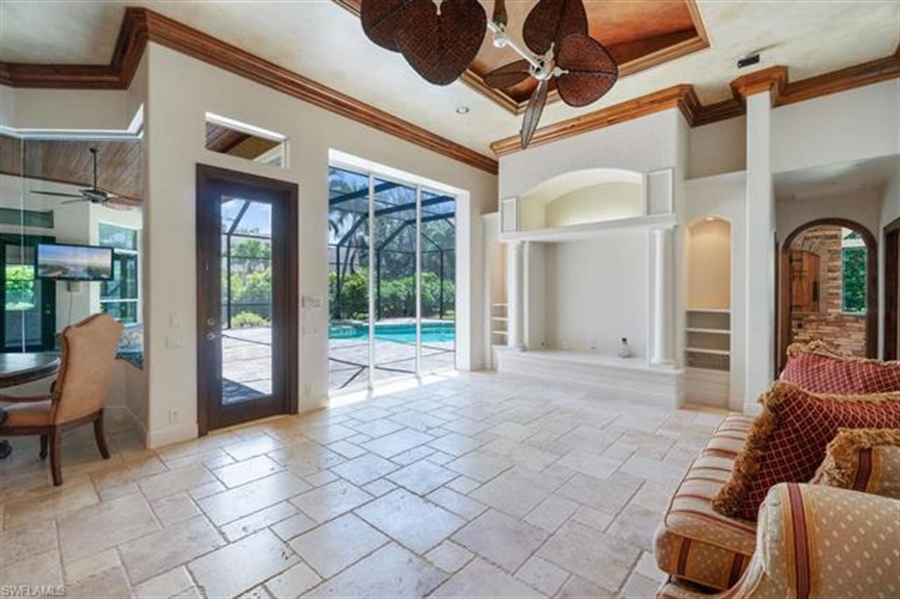 Real Estate Photography - 1168 Camelot Cir, # 1168, Naples, FL, 34119 - Location 18