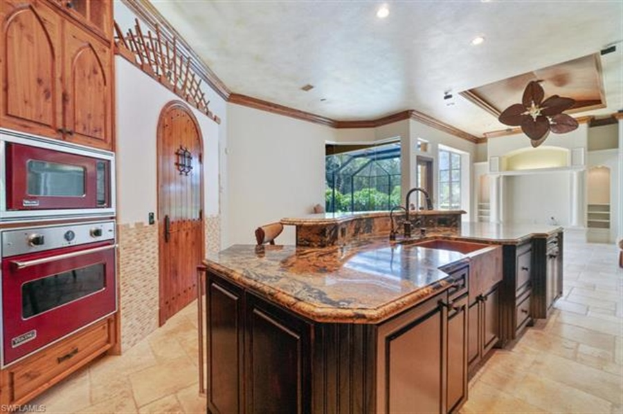 Real Estate Photography - 1168 Camelot Cir, # 1168, Naples, FL, 34119 - Location 20