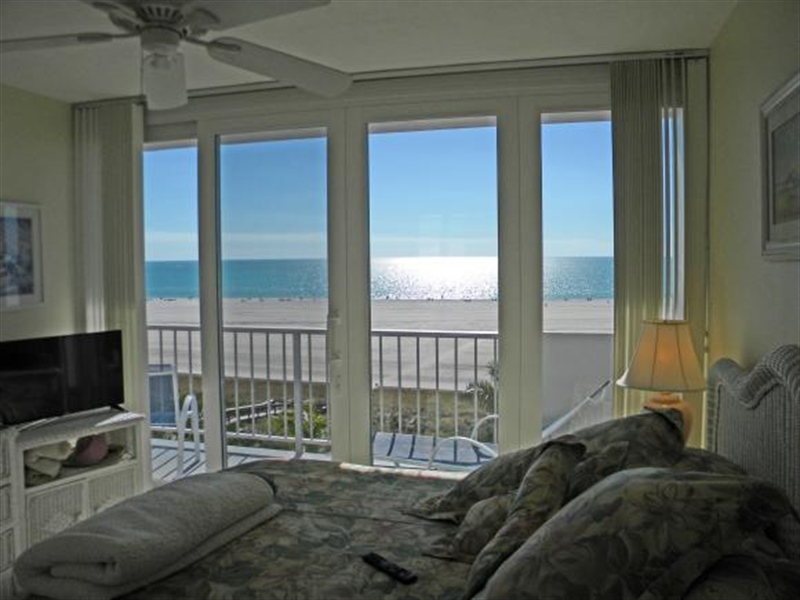 Real Estate Photography - 140, Seaview CT 703 S, MARCO ISLAND, FL, 34145 - Location 5