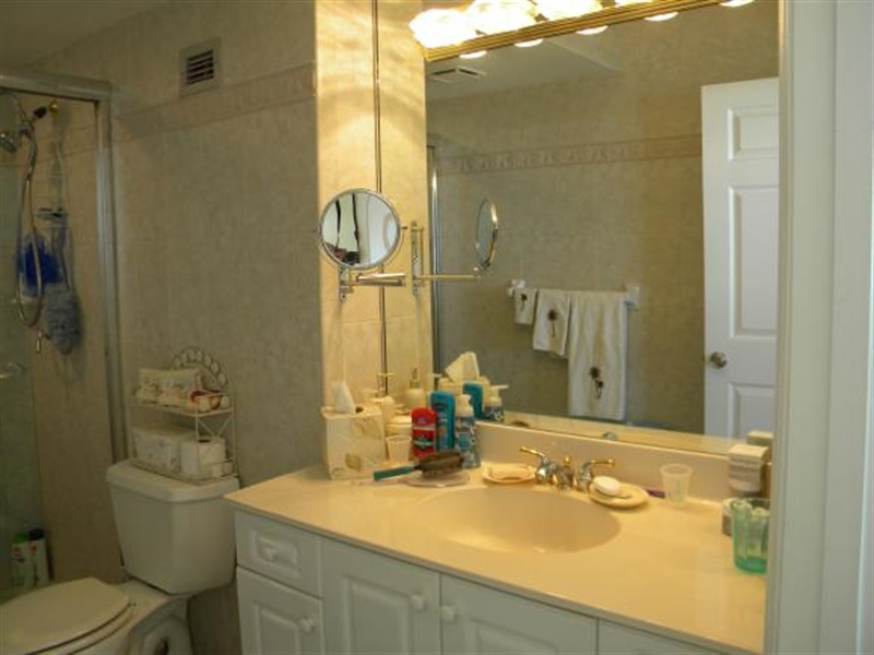 Real Estate Photography - 140, Seaview CT 703 S, MARCO ISLAND, FL, 34145 - Location 11