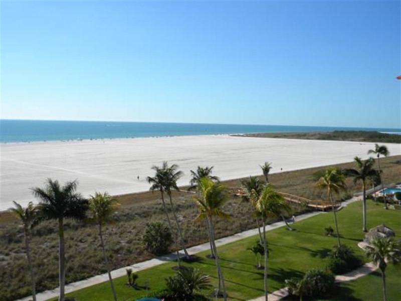 Real Estate Photography - 140, Seaview CT 703 S, MARCO ISLAND, FL, 34145 - Location 16