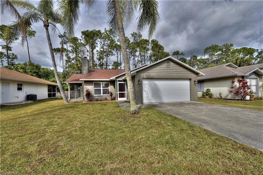 Real Estate Photography - 6015 Hollow Dr, # 6015, Naples, FL, 34112 - Location 2