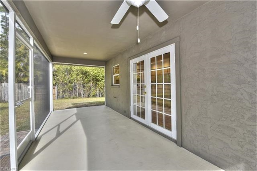 Real Estate Photography - 6015 Hollow Dr, # 6015, Naples, FL, 34112 - Location 14