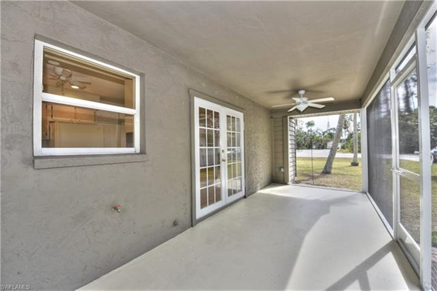 Real Estate Photography - 6015 Hollow Dr, # 6015, Naples, FL, 34112 - Location 23