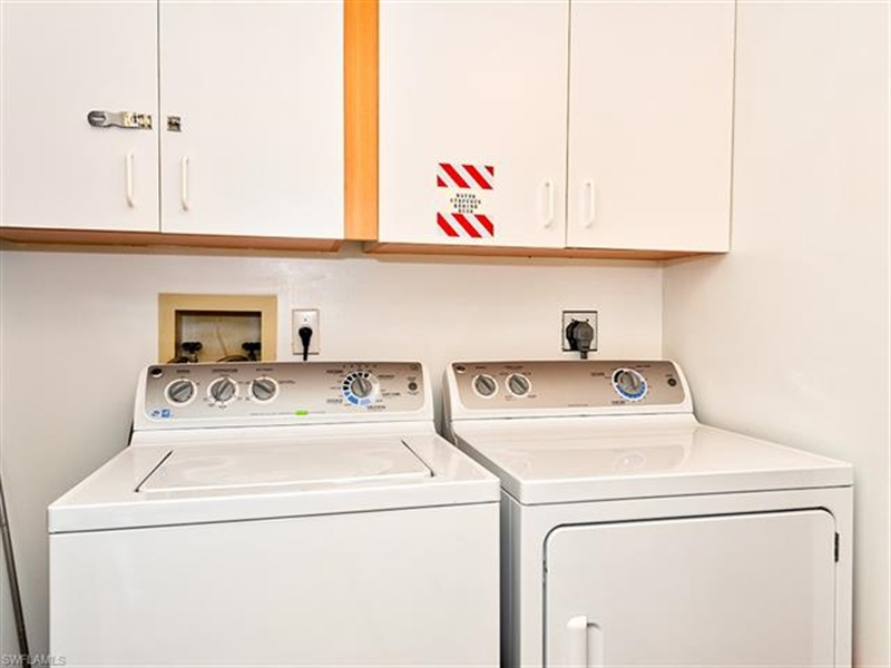 Real Estate Photography - 7065 Dennis CIR F-205 7065, NAPLES, FL, 34104 - Location 16