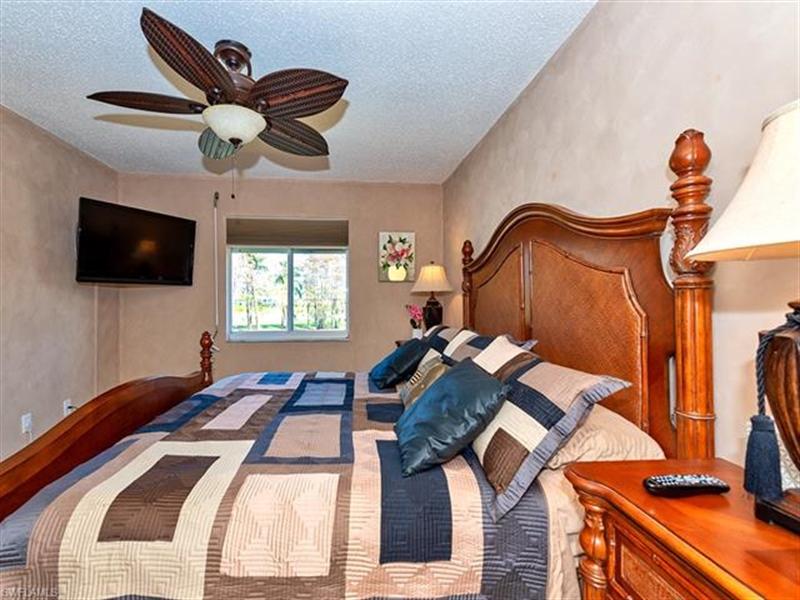 Real Estate Photography - 7065 Dennis CIR F-205 7065, NAPLES, FL, 34104 - Location 22