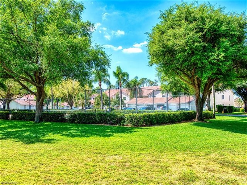 Real Estate Photography - 7065 Dennis CIR F-205 7065, NAPLES, FL, 34104 - Location 28