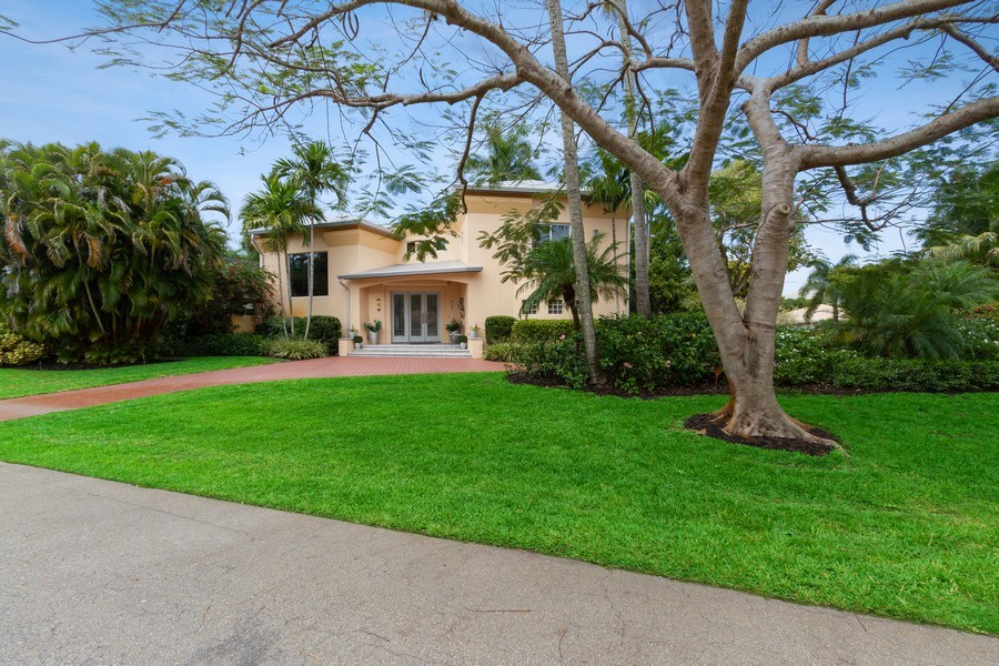 Real Estate Photography - 367 5Th Ave North, Naples, FL, 34102 - Front View