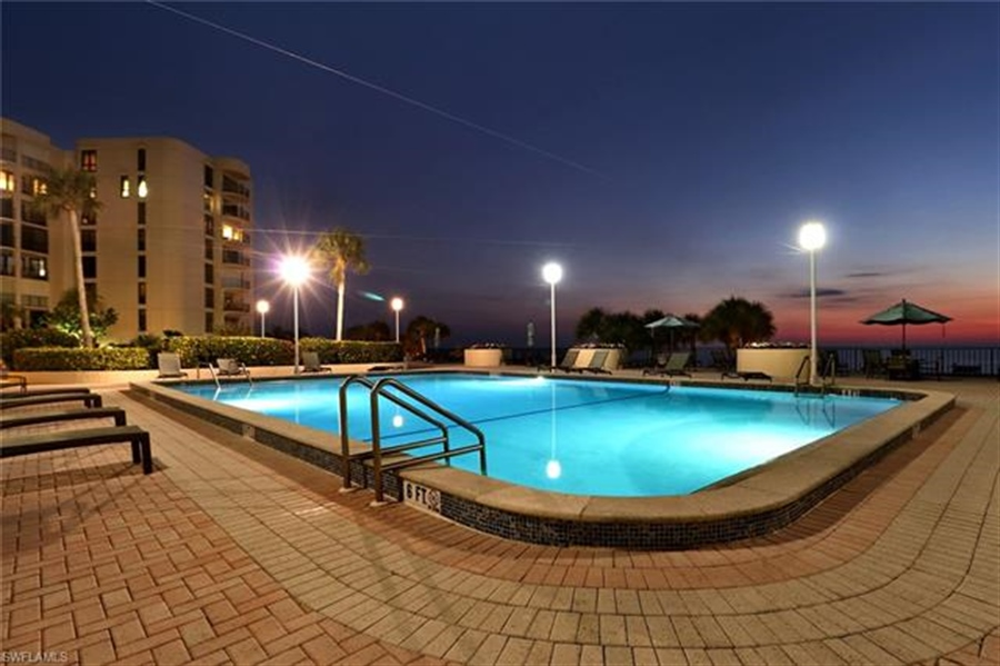 Real Estate Photography - 3115 Gulf Shore BLVD N 209S 3115, NAPLES, FL, 34103 - Location 5