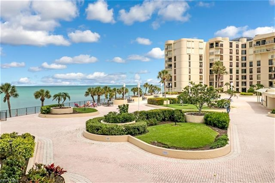 Real Estate Photography - 3115 Gulf Shore BLVD N 209S 3115, NAPLES, FL, 34103 - Location 7
