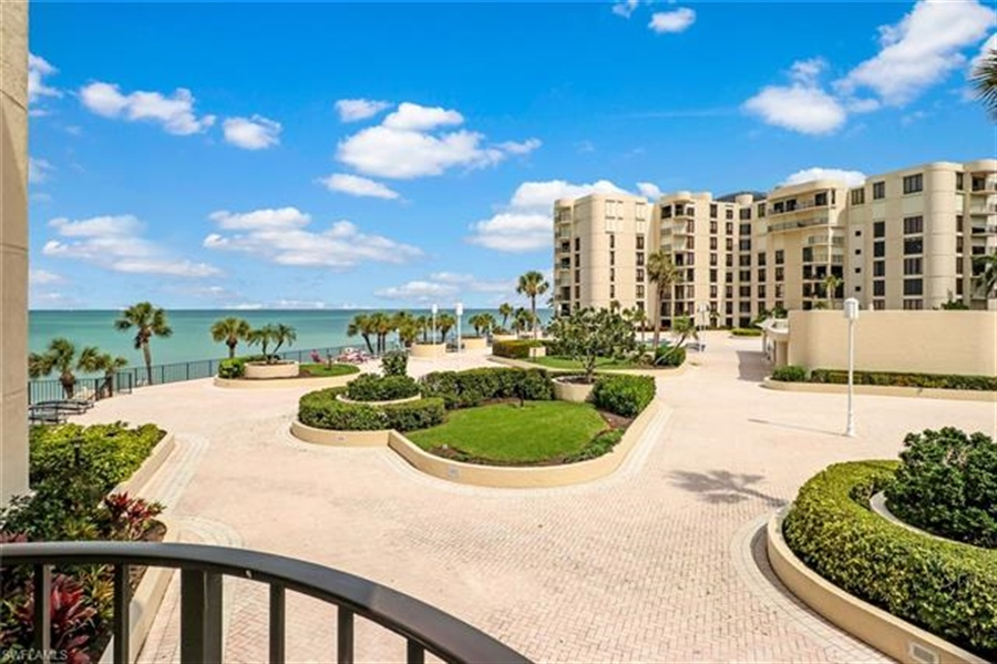 Real Estate Photography - 3115 Gulf Shore BLVD N 209S 3115, NAPLES, FL, 34103 - Location 8
