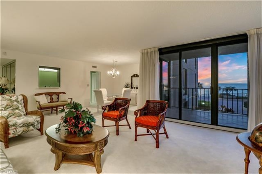 Real Estate Photography - 3115 Gulf Shore BLVD N 209S 3115, NAPLES, FL, 34103 - Location 9