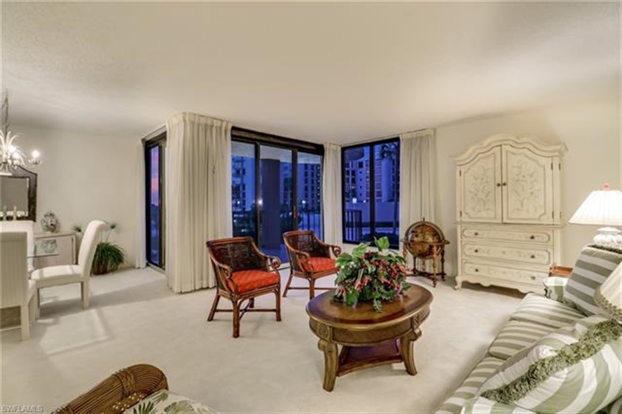 Real Estate Photography - 3115 Gulf Shore BLVD N 209S 3115, NAPLES, FL, 34103 - Location 11