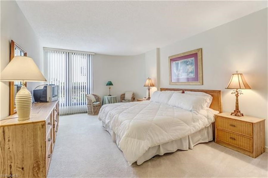 Real Estate Photography - 3115 Gulf Shore BLVD N 209S 3115, NAPLES, FL, 34103 - Location 19