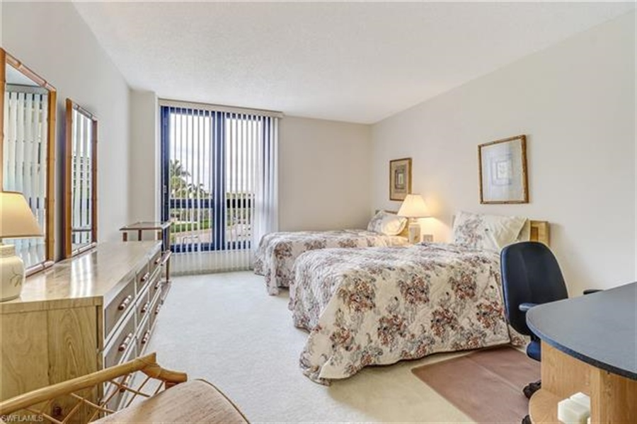 Real Estate Photography - 3115 Gulf Shore BLVD N 209S 3115, NAPLES, FL, 34103 - Location 21