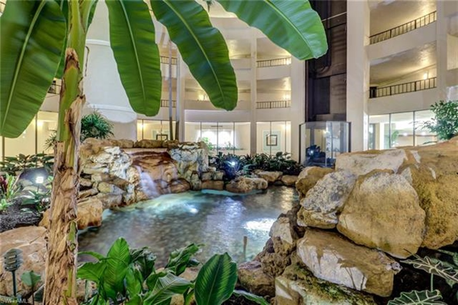 Real Estate Photography - 3115 Gulf Shore BLVD N 209S 3115, NAPLES, FL, 34103 - Location 24