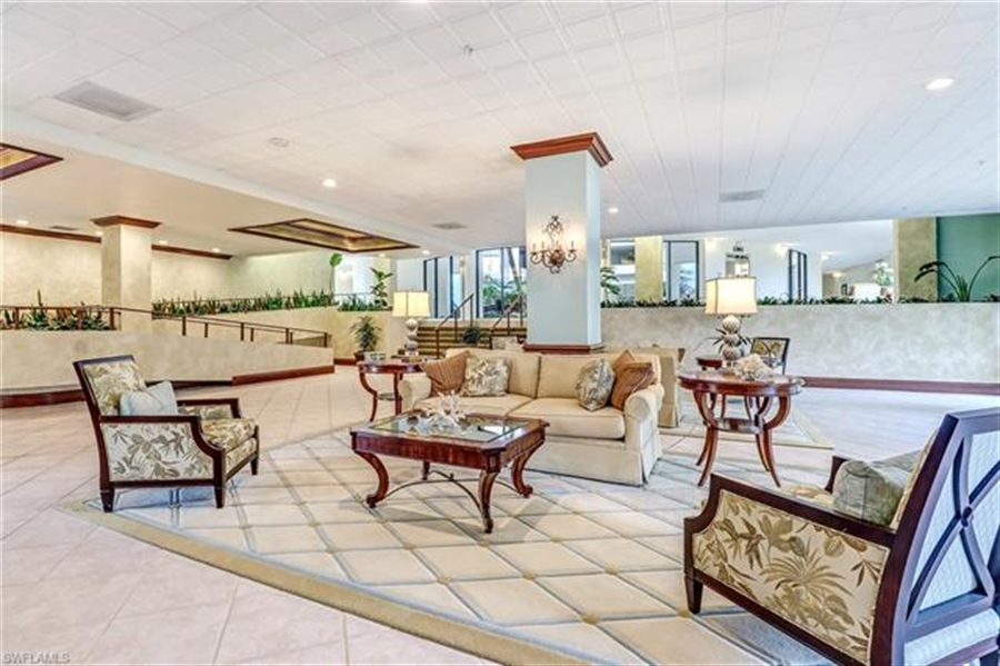 Real Estate Photography - 3115 Gulf Shore BLVD N 209S 3115, NAPLES, FL, 34103 - Location 25