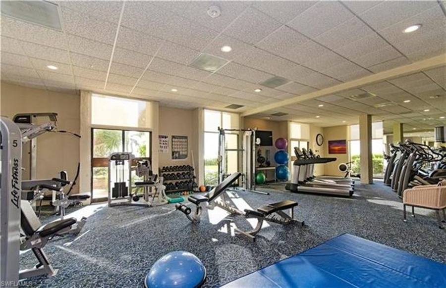 Real Estate Photography - 3115 Gulf Shore BLVD N 209S 3115, NAPLES, FL, 34103 - Location 26