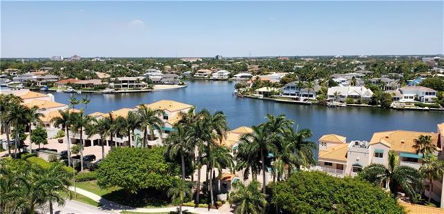 Real Estate Photography - 4451 Gulf Shore BLVD N 1105 4451, NAPLES, FL, 34103 - Location 1