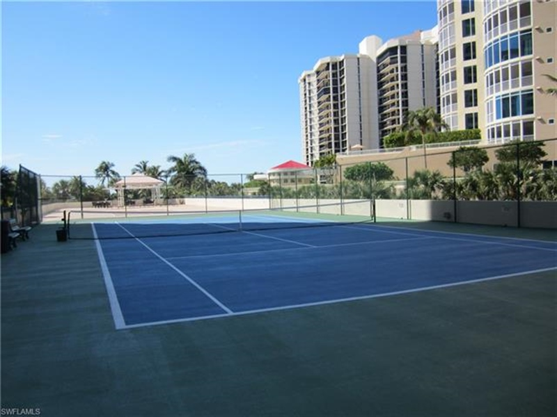 Real Estate Photography - 4451 Gulf Shore BLVD N 1105 4451, NAPLES, FL, 34103 - Location 9