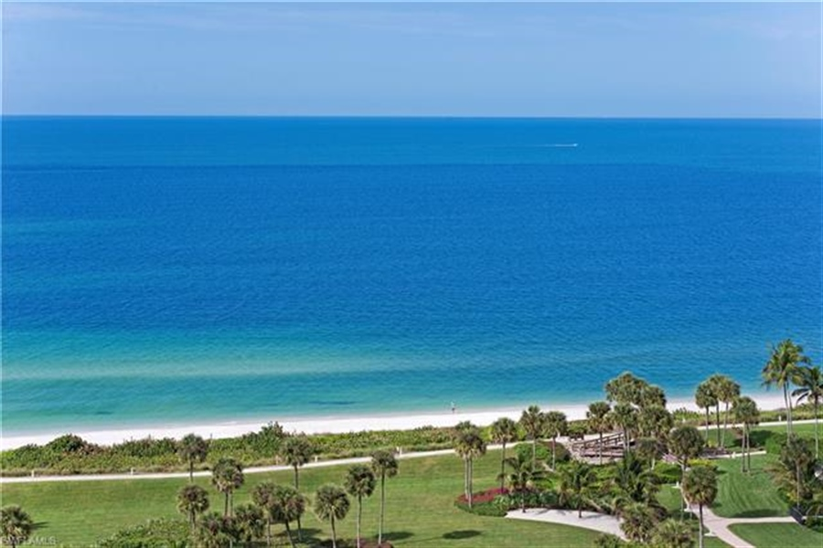 Real Estate Photography - 4451 Gulf Shore BLVD N 1105 4451, NAPLES, FL, 34103 - Location 11