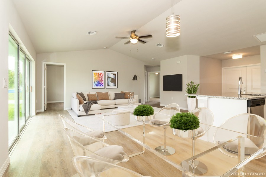 Real Estate Photography - 815 Vogiantzis Parkway, Cape Coral, FL, 33909 - Great Room
