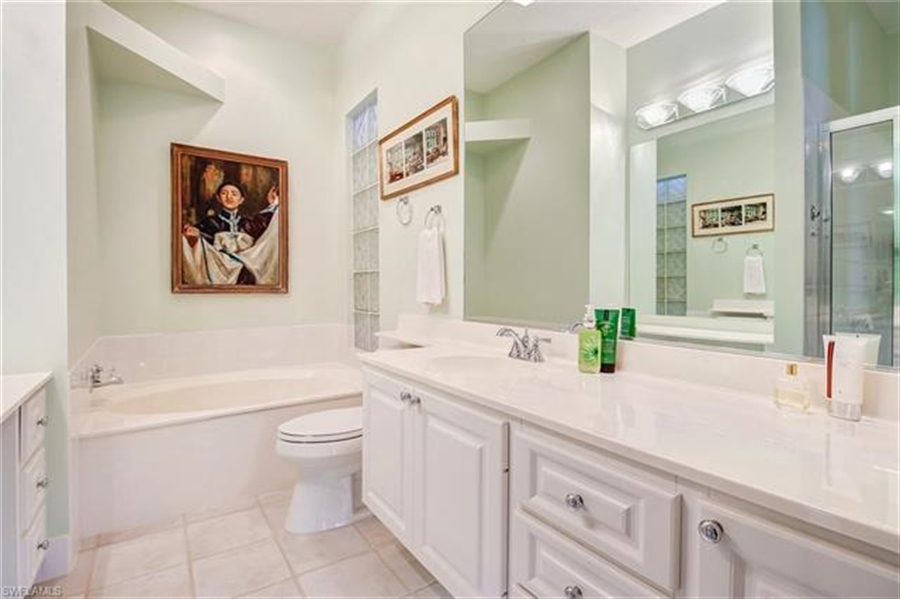 Real Estate Photography - 4426 Novato Ct, # 4426, Naples, FL, 34109 - Location 18