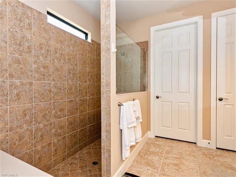 Real Estate Photography - 14024 Hawks Eye CT 14024, ESTERO, FL, 33928 - Location 14