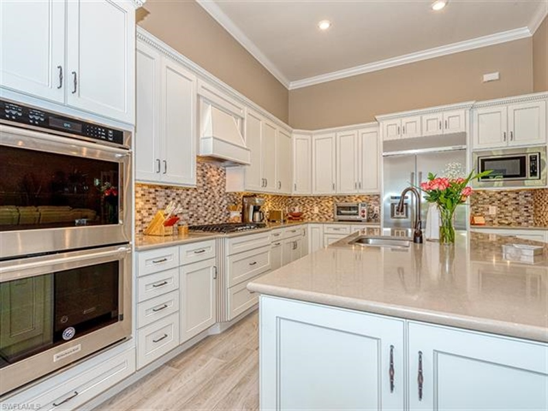 Real Estate Photography - 7644 Winding Cypress DR 7644, NAPLES, FL, 34114 - Location 9