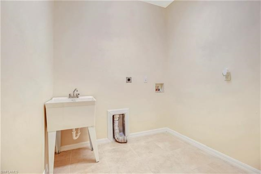 Real Estate Photography - 10007 Via San Marco Loop, # 10007, Fort Myers, FL, 33905 - Location 22