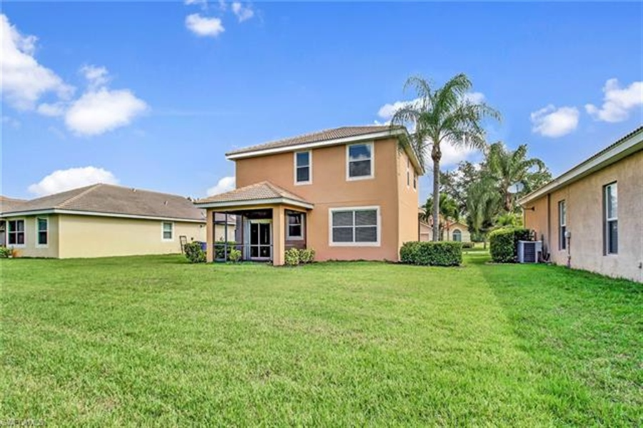 Real Estate Photography - 10007 Via San Marco Loop, # 10007, Fort Myers, FL, 33905 - Location 25