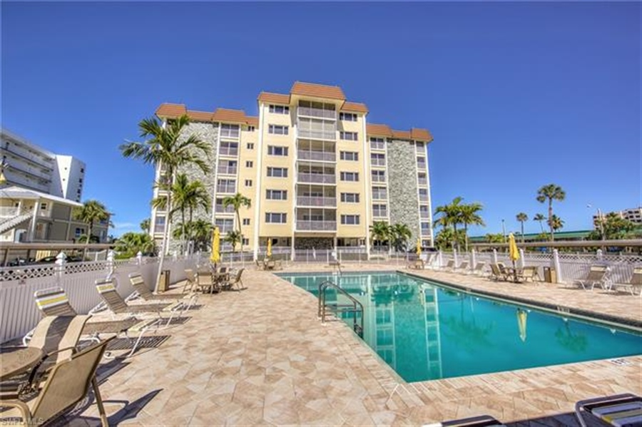 Real Estate Photography - 6900 Estero BLVD 701 6900, FORT MYERS BEACH, FL, 33931 - Location 28