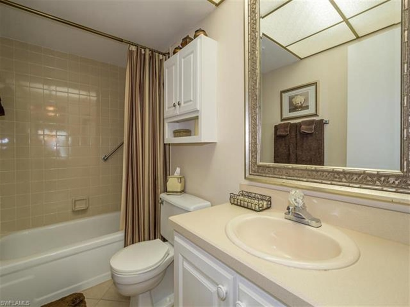Real Estate Photography - 4372 27th CT SW 2-310 4372, NAPLES, FL, 34116 - Location 10