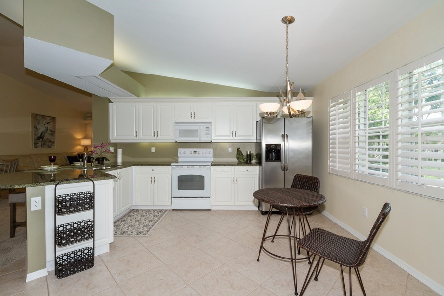 Real Estate Photography - 7416 Plumbago Bridge Rd, P-204, Naples, FL, 34109 - Kitchen / Breakfast Room