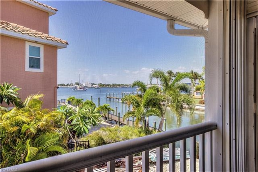 Real Estate Photography - 292 Ohio Ave, # 292, Fort Myers Beach, FL, 33931 - Location 2