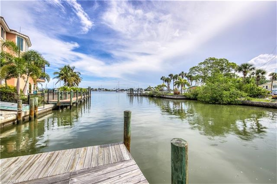 Real Estate Photography - 292 Ohio Ave, # 292, Fort Myers Beach, FL, 33931 - Location 4