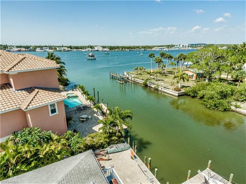 Real Estate Photography - 292 Ohio Ave, # 292, Fort Myers Beach, FL, 33931 - Location 5