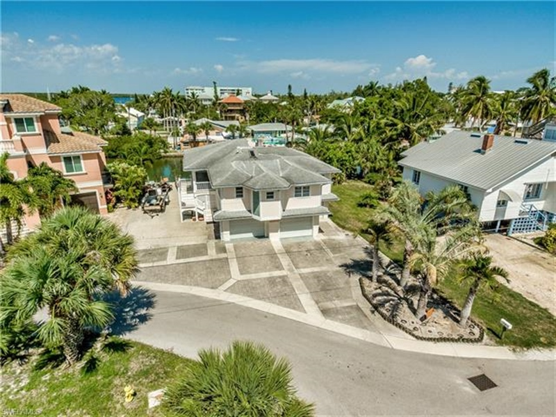 Real Estate Photography - 292 Ohio Ave, # 292, Fort Myers Beach, FL, 33931 - Location 6