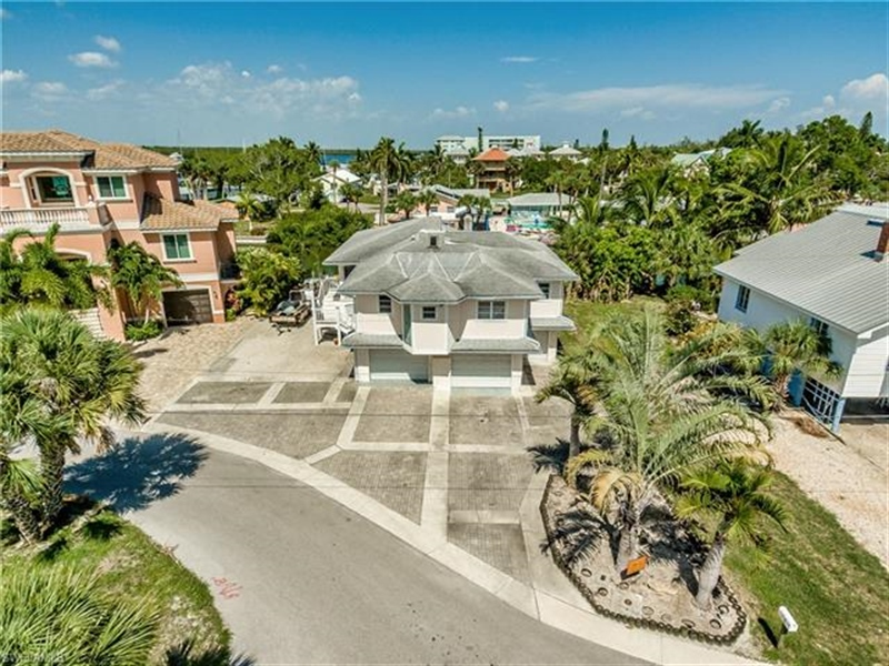 Real Estate Photography - 292 Ohio Ave, # 292, Fort Myers Beach, FL, 33931 - Location 7