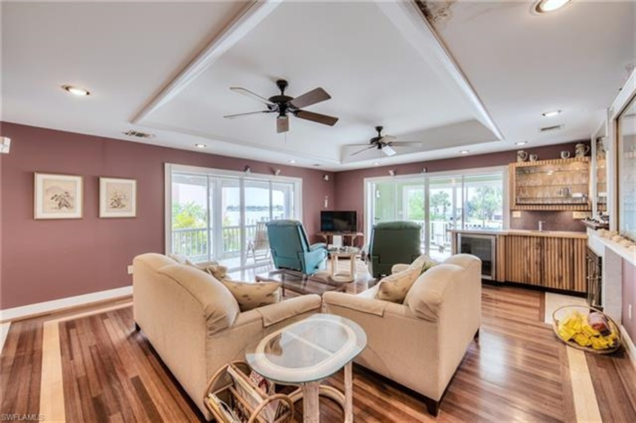 Real Estate Photography - 292 Ohio Ave, # 292, Fort Myers Beach, FL, 33931 - Location 11