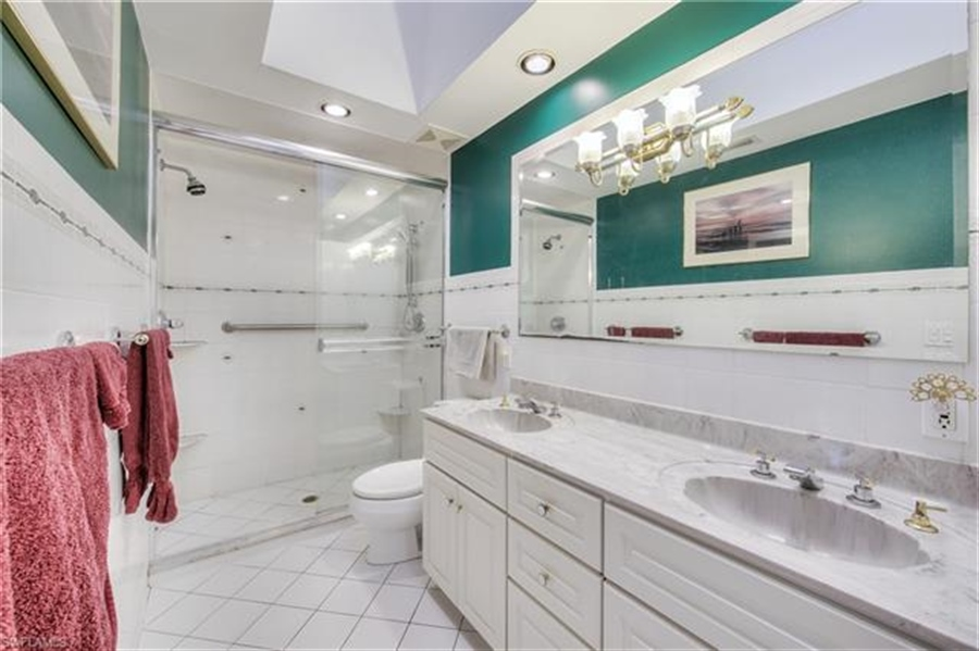 Real Estate Photography - 292 Ohio Ave, # 292, Fort Myers Beach, FL, 33931 - Location 22