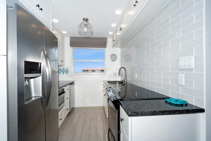Real Estate Photography - 25750 Hickory, Unit PH 758-E, Bonita Springs, FL, 34134 - Kitchen